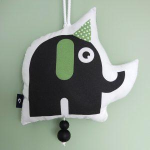 Muziekhanger Babykamer Feestbeest Olifant in de kleur groen ANNIdesign