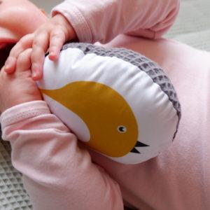 Rammelaar vogel oker geel_Wafelstof donkergrijs_ANNIdesign_Hannah 01