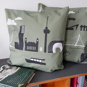 Kussen Rotterdam olijf groen ANNIdesign 01